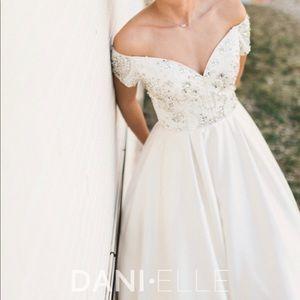 Sherri Hill 51611 Wedding/Prom dress